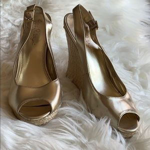 Lilly Pulitzer Kristin Wedge in Gold